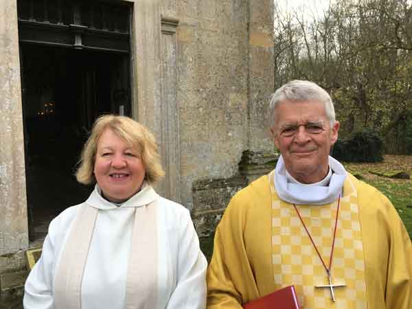 Photo of Bishop Frank Griswold with the Revd Mandy Flaherty